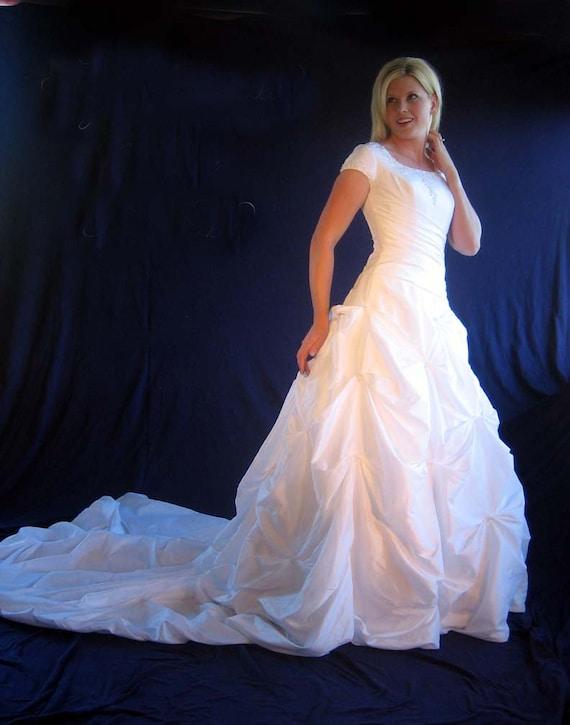 Modest Wedding Dress, Size 10 Wedding Dress, LDS W