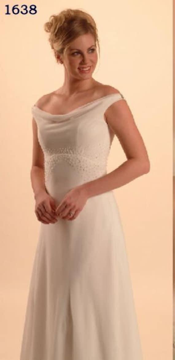 Simple Chiffon Wedding Gown, Ivory Size 12 Wedding