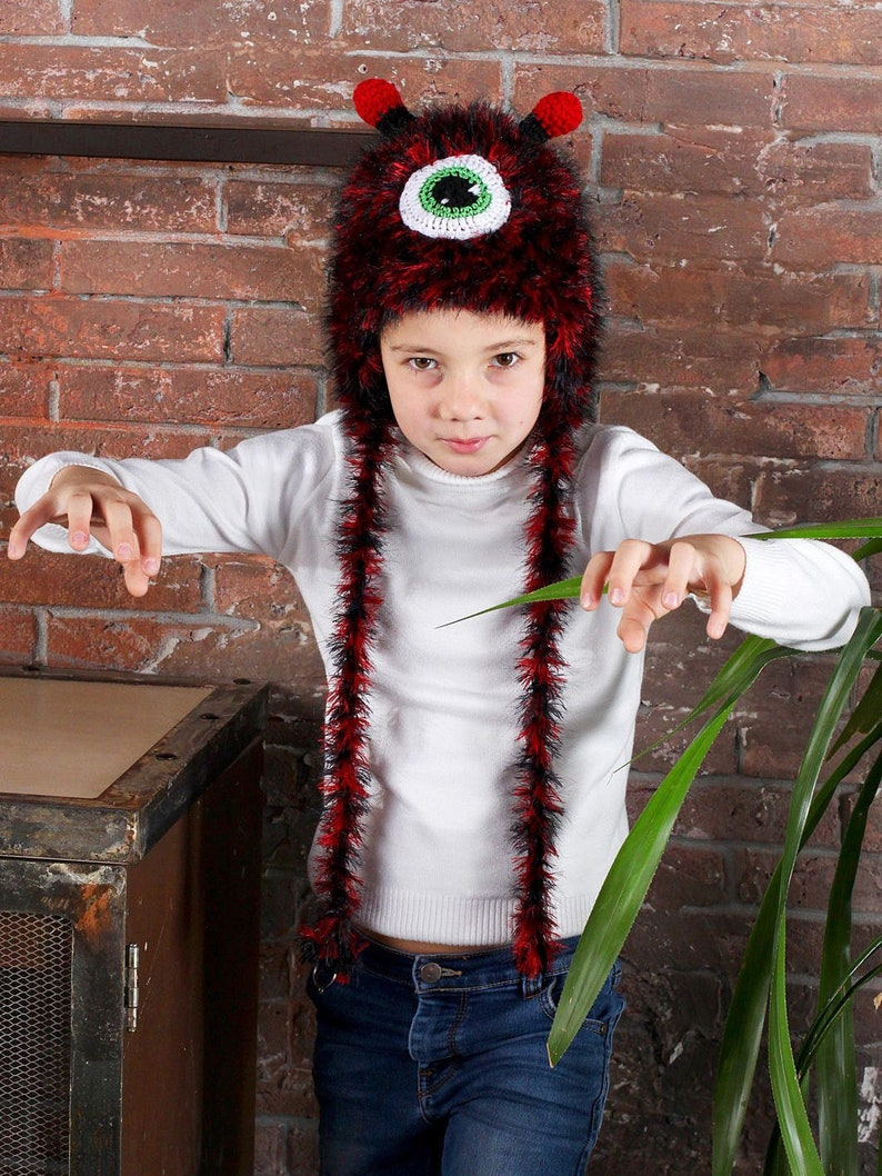 e44045c266b Monster hat for boy with ear flaps One eyed knit monster