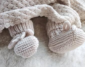 Newborn baby booties knit, pure merino wool baby booties beige