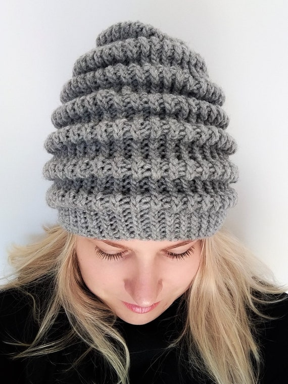 WOMENS LADIES COLOUR COLOURED CABLE KNIT BEANIE HAT WITH FLOWER NEW ONE SIZE