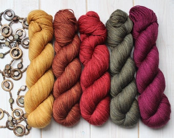 Shawlography Kit - 5 hand-dyed skeins - Fingering - Merino Sw- and/or Merino Sw-Nylon - 100g / 400 to 420 m per skein
