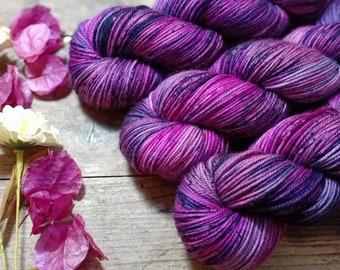 Hand-dyed skein - Sport - Merino Sw and Nylon - 100g / 300m - Purple - Pink