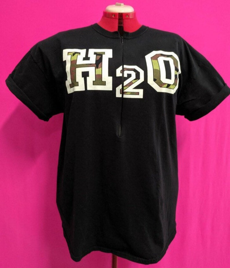 H2O 20 Years Breastfeeding Shirt image 0