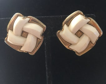 Vintage White Knot Look Clip Earrings in Goldtone Setting