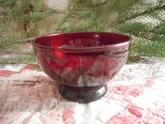 image 0 - Christmas Candy Dish