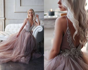 Wedding dress of extraordinary smoky purple bc6a507ab0a3