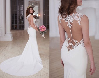 7f3b1e612 Laconic skinny mermaid wedding dress