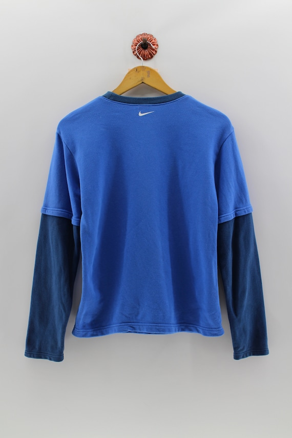 super cheap special for shoe best sale NIKE SpellOut Arc Logo Pullover Shirt Junior Small Vintage Nike Sportswear  Roundneck Shirt Nike Activewear Long Sleeves Blue Shirt Size S
