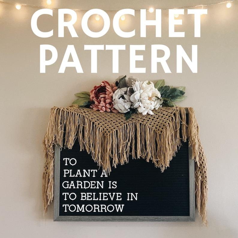 CROCHET PATTERN  Fresh Fringe Banner  Boho Tassel Wall Hanging  Easy Boho Macrame /& Crochet