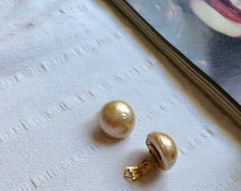 Nina Vintage Pearl Earrings - Champagne Pearls - Oversized Pearl Earrings - Clip On  Earrings - Bridal Jewellery - Diva Earrings - Wedding