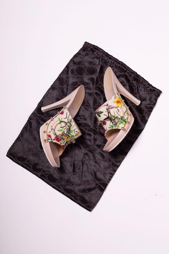 Vintage GUCCI Flora New in Box Horsebit Heels size