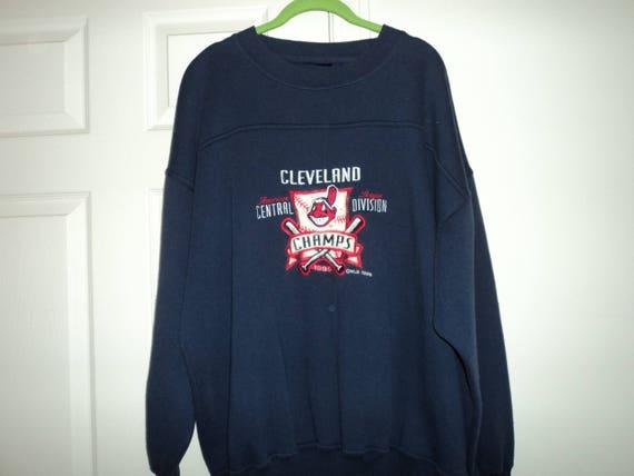 brand new 0e17f dafdc Vintage 90s Cleveland Indians Crewneck Sweatshirt (XL)