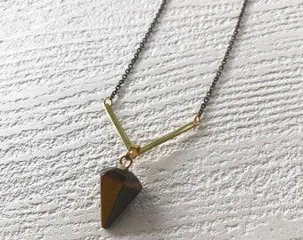 temple necklace //