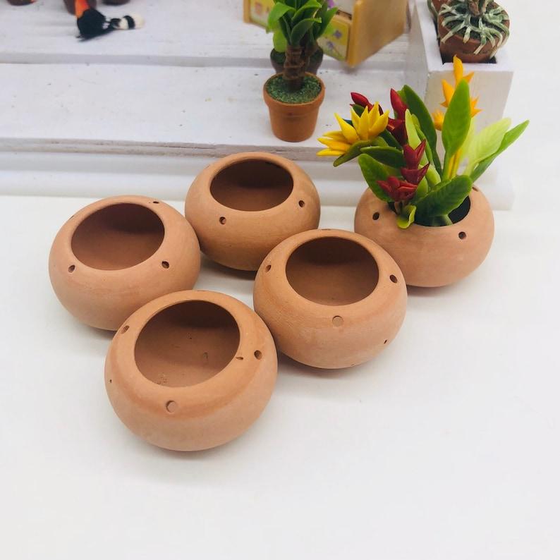 5 pieces Miniature Pottery size 20 mm Miniature  Dollhouse Fairy Garden Miniature plant pot Miniature flower pot