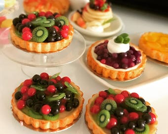 Miniature Fruit Pie,Miniature Fruit Cake,Miniature Bakery,Miniature Sweet,Dollhouse cake,Dolls and miniature,miniature jewelry