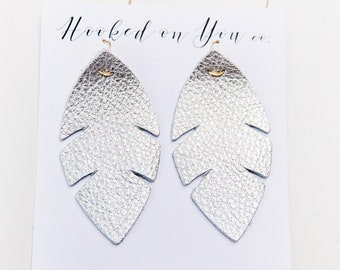 Palm Metallics {Light Silver} -leather earrings, metallic earrings, silver earrings, boho palm earrings
