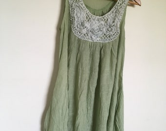 ba99f237850d Green Indie-style Pixie Dress With White Embroidery Patterned V-Line