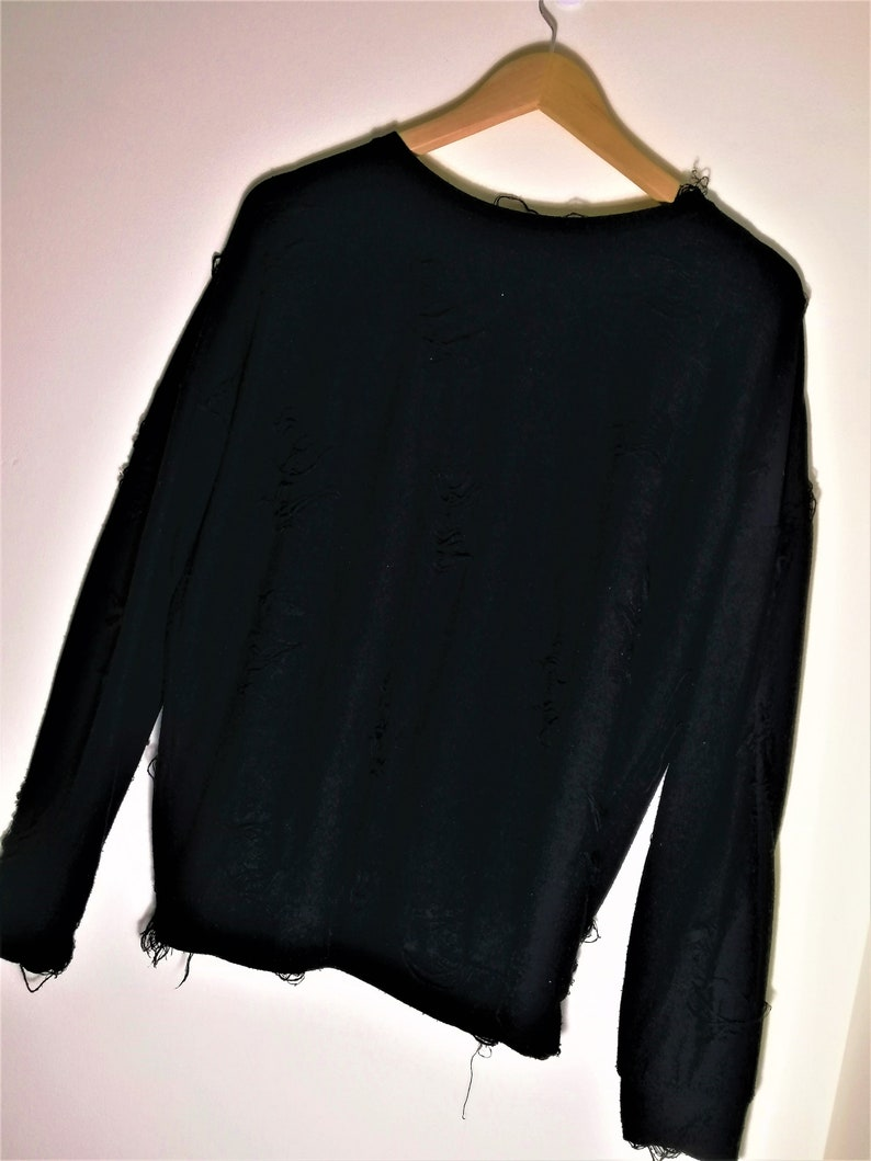 Black Grunge /'Ripped Material/' Throw over Sweater