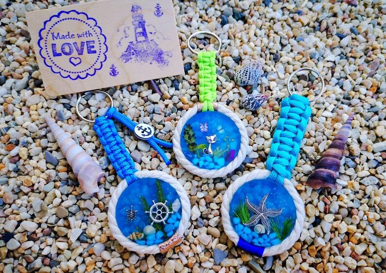 Mini Aquarium Cat Starfish Steering Wheel Anchor Keychain image 0