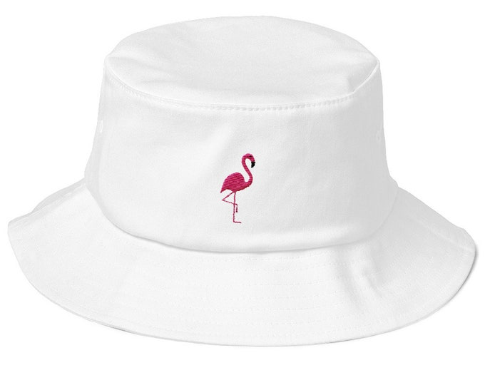 Unisex fishing hat in vintage style with embroidered flamingo
