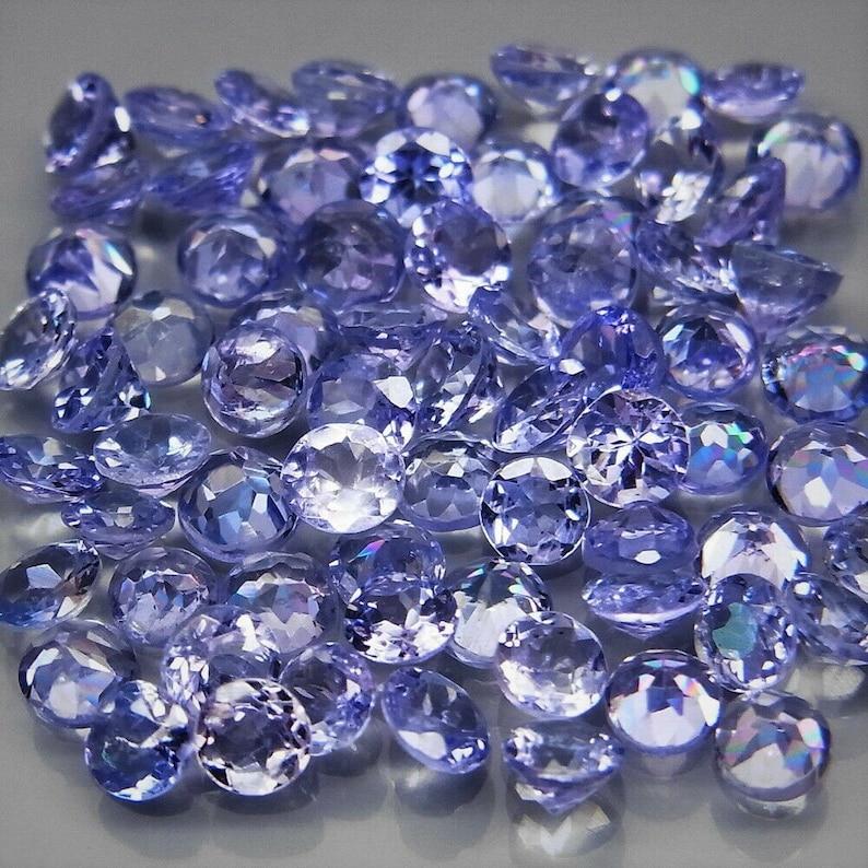 purplish blue round cut 5.24ct. natural Tanzanite gemstones top quality in ravishing color /& full fire 70 pcs