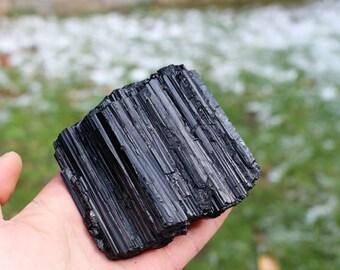 Black Tourmaline - fine quality - Minas Gerais - Brazil -  9,4 x 10,2 x 4,9 cm - 773 gm