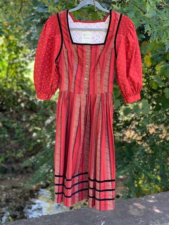 Sweetest 70s Peasant Print Dirndl Dress