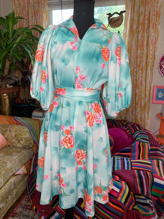 70s Rose Puff Sleeve Dress