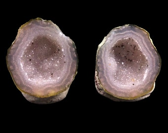 Pair of Tabasco Geodes (A+) from Mexico - Nice Banding!