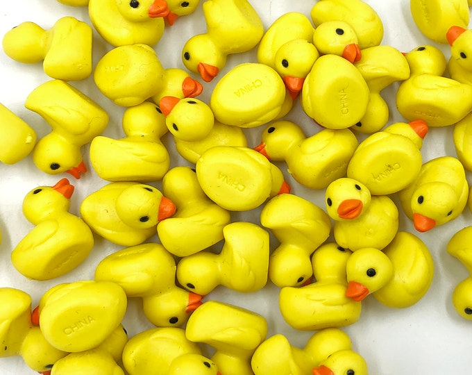 Mini Duckies - Good Luck Minis by Safari Ltd.