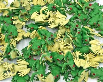 Mini Frog - Good Luck Minis by Safari Ltd.