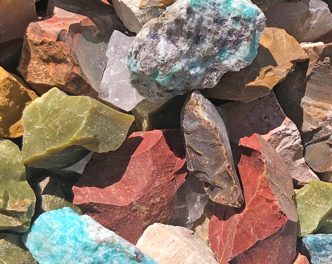1 LB Cobble Creek Madagascar Mix - Amazonite, Amethyst, Apatite, Green Opal, Rose Quartz, Labradorite, Feldspar, Petrified Wood! Natural