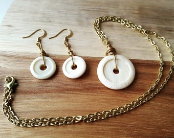 Button necklace, button earrings, wire wrapped, wire wrapped button, white button