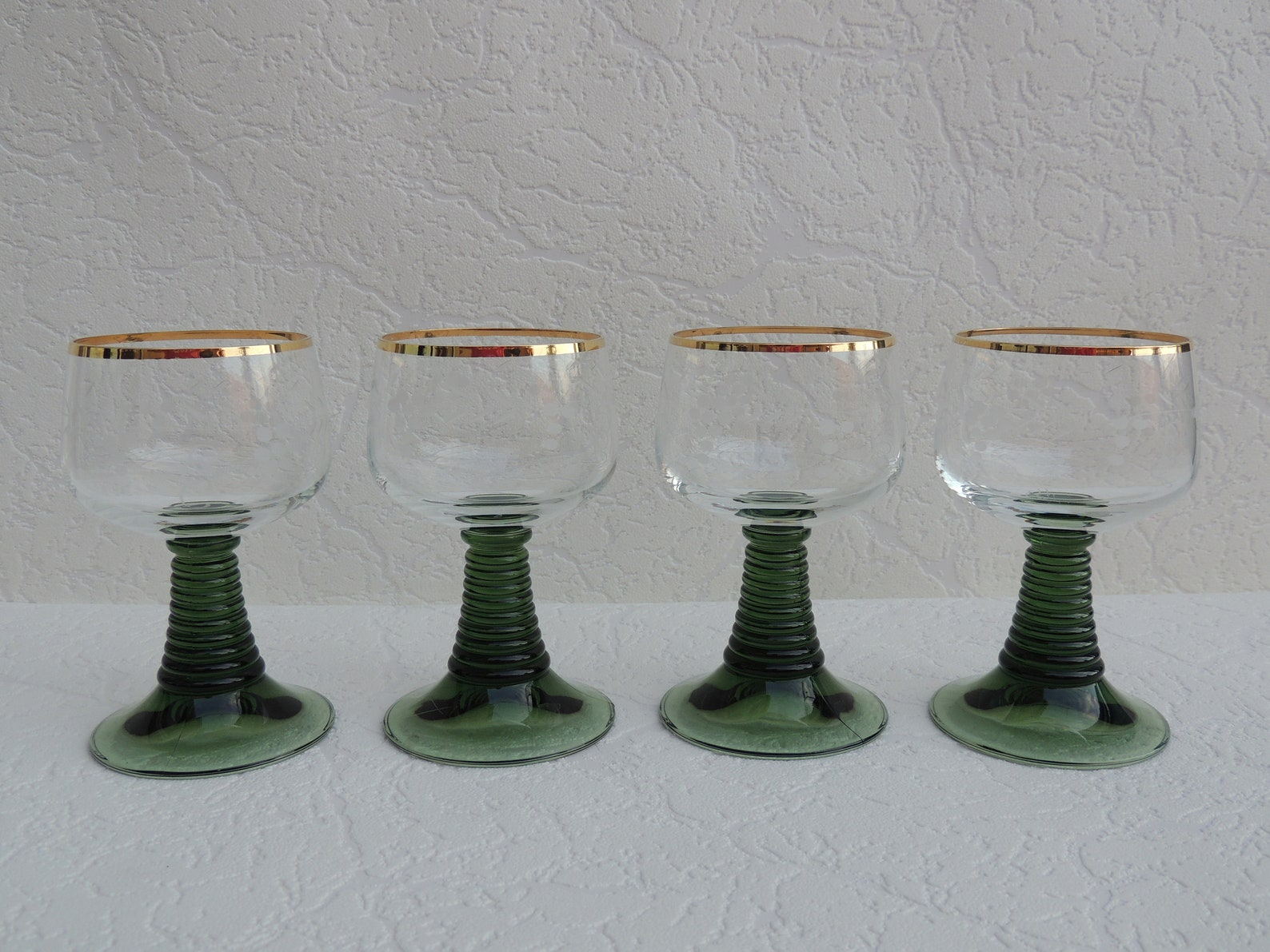Vintage Roemer Green Wine Glasses Beehive Etched Gold Rim Grapes Dots