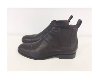 Man Chelsea Boots