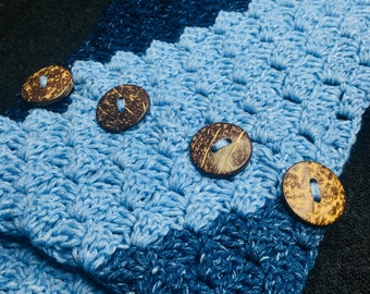 Corner-to-Corner Scarf with buttons