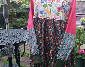 Loose fitting colourful smock dress