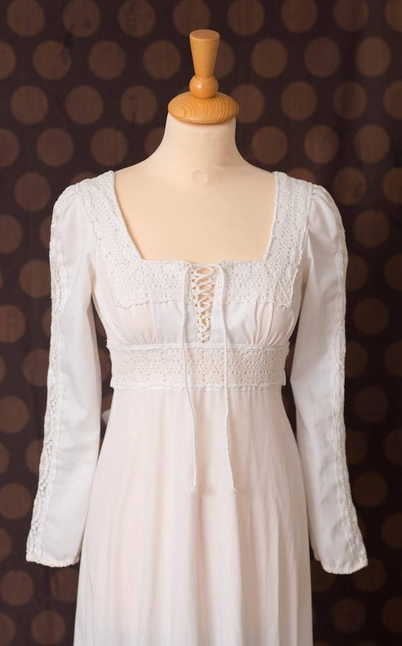 Jessica McClintock Gunne Sax White Dress