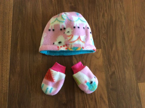 Infant Reversible Fleece Hat and Flannel lined Fleece Mittens  eaea9ba01b3