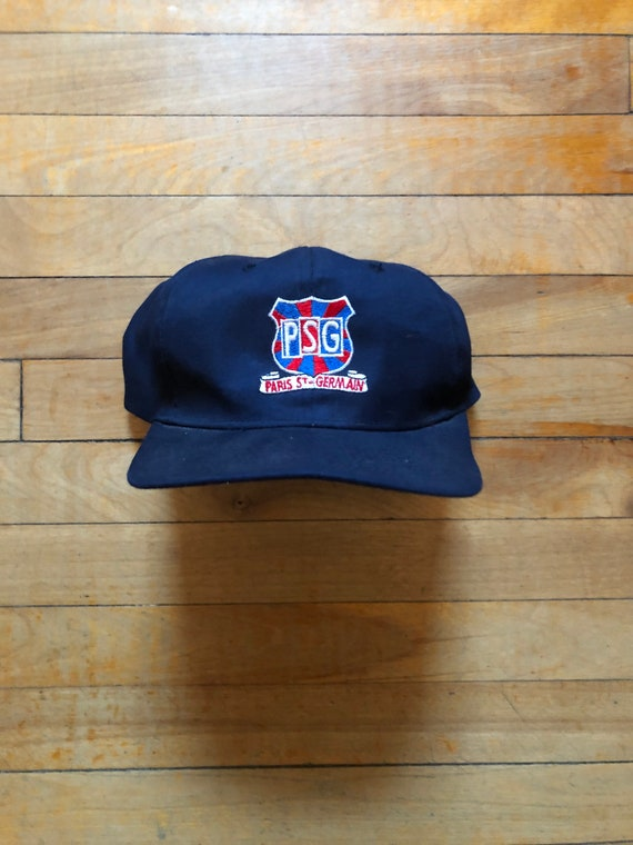 Paris saint-Germain soccer hat