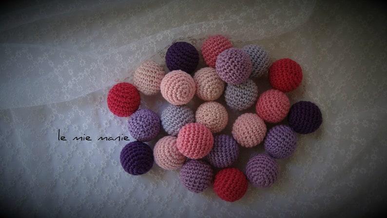 crochet balls handmade crochet jewelry covered wooden bets PERLE UNCINETTO diameter 25 HANDMADE