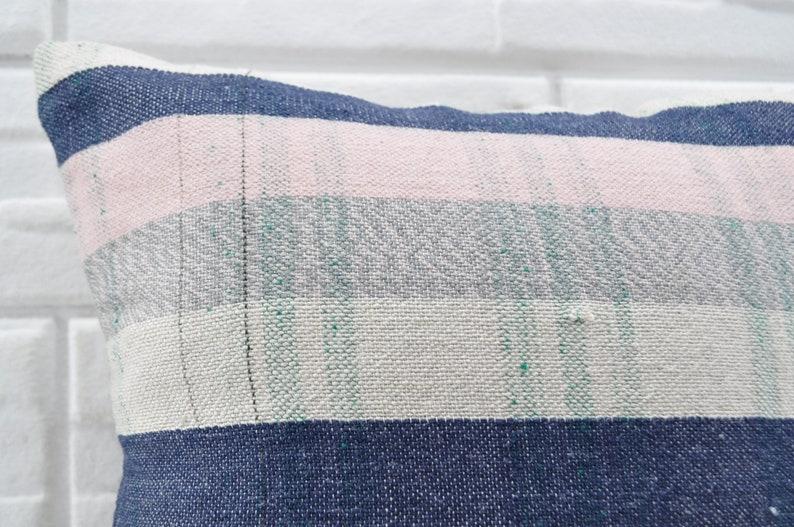 18x18 ethnic pillow throw pillow striped kilim pillow turkish kilim pillow decorative kilim pillow sofa pillow bedrrom pillow No 958