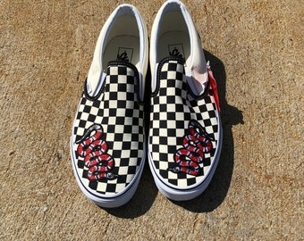 e27f81e64ebd Slip on checker vans