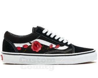 66800f6ca1 Floral Vans shoes Vans shoes old skool old skool rose Vans