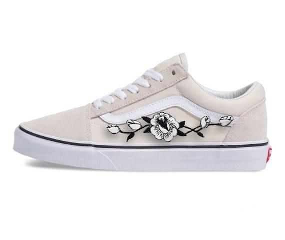 Custom Vans, custom Vans shoes, Vans shoes, Vans, Vans sneakers, old skool Vans, Vans shoes, Vans custom, Vans old skool, Vans rose, Rose