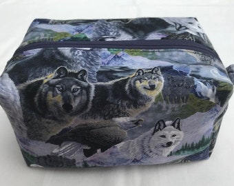 Wolves Toiletry/Makeup Bag