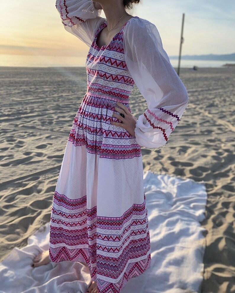 Vintage Mollie Parnis 70's long hippie boho Dress Purple and white maxi dress Size S 70DR116