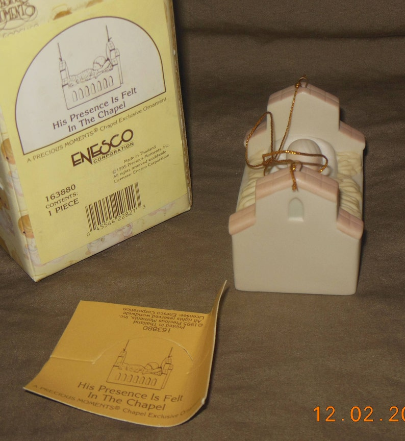Precious Moments Christmas ornament, Chapel Exclusive ornament with box His  Presence is Felt in the Chapel 163880
