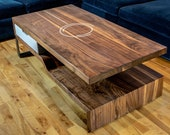 Coffee table in walnut, d...